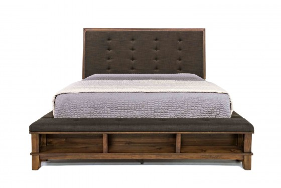 Cagney Ca King Bed Media Image 2
