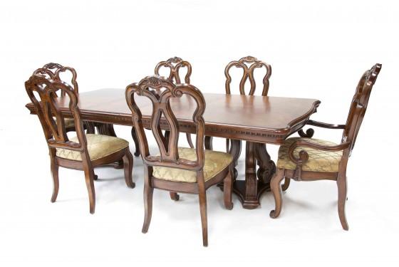 San Marino Dining Room Media Image 3