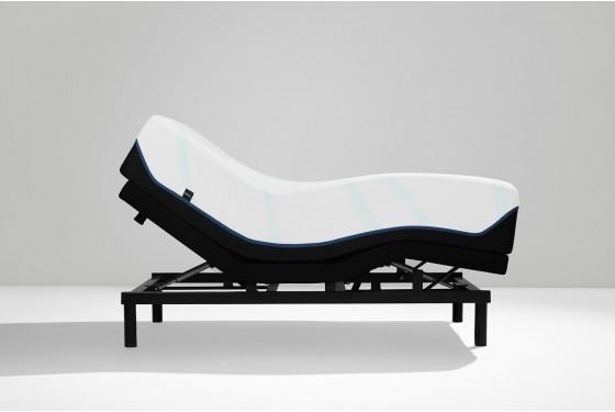 Tempur-Pedic Luxe Adapt Soft Mattress Media Image 6