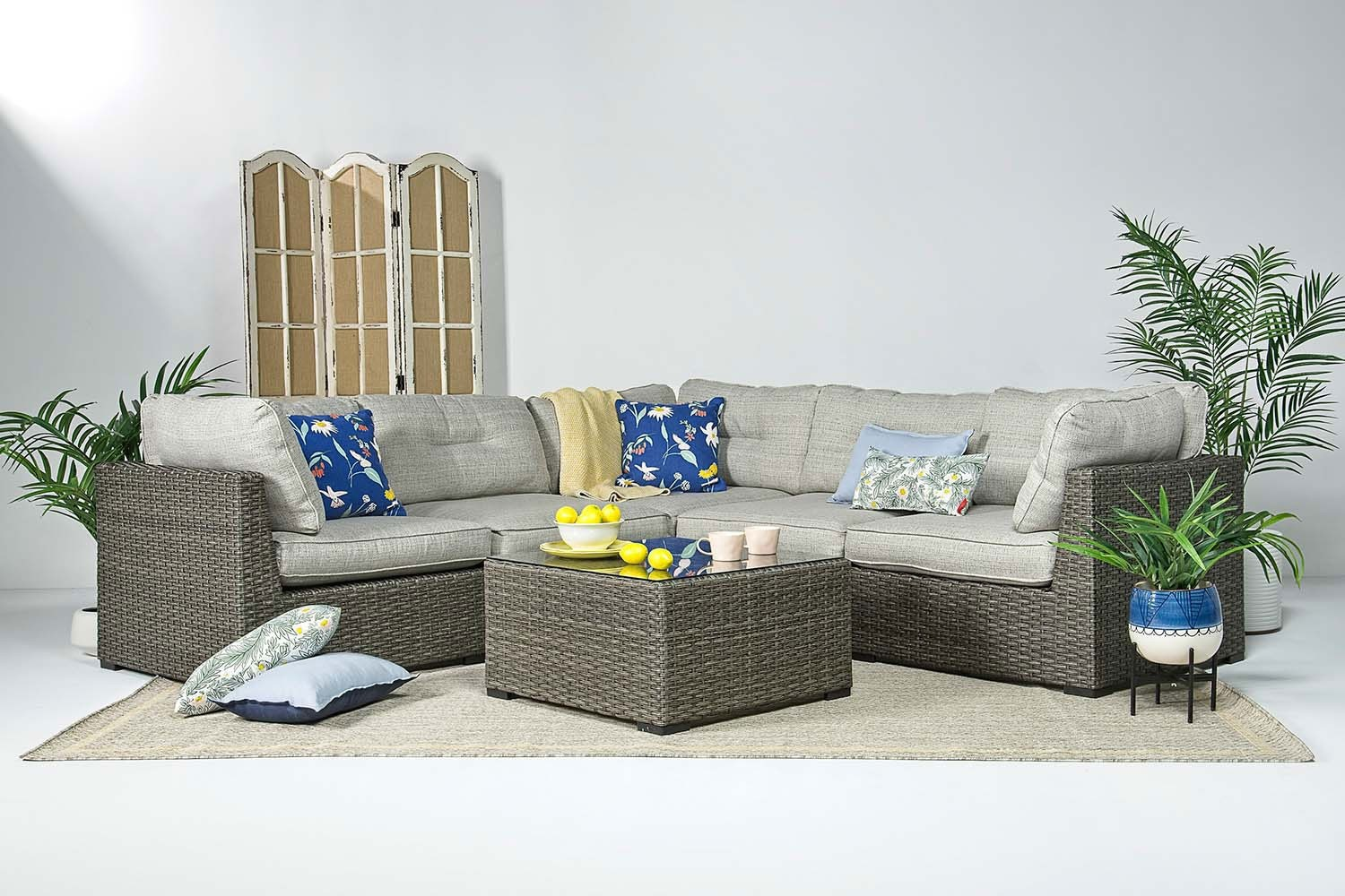Montauk 5 Piece Patio Sectional | Mor Furniture on 5 Piece Sectional Patio Set id=27113